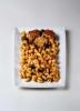 FUSILLI CON SALSA PARMIGIANA Y POLPETTE SUINO. NEGRINI - Espirales con queso parmigiano y berenjena con albóndigas. Este es un producto congelado, solo es posible recogerlo en tienda.  Se ruega llamar al 91 5353728 para encargarlo. Gracias.